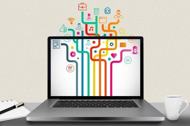 Imagem 3 - Advogado especialista. Foto de um computador com vários fluxos.